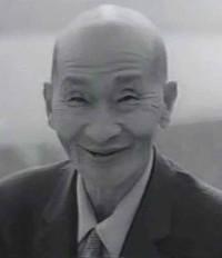 晩年の椋平廣吉。1992年に亡くなるまで地震研究者として虹の観察を続けた。享年89歳。画像出典:驚きももの木20世紀
